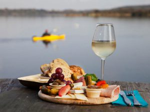 Prosecco zum Frühstück in der Goldmarie am See