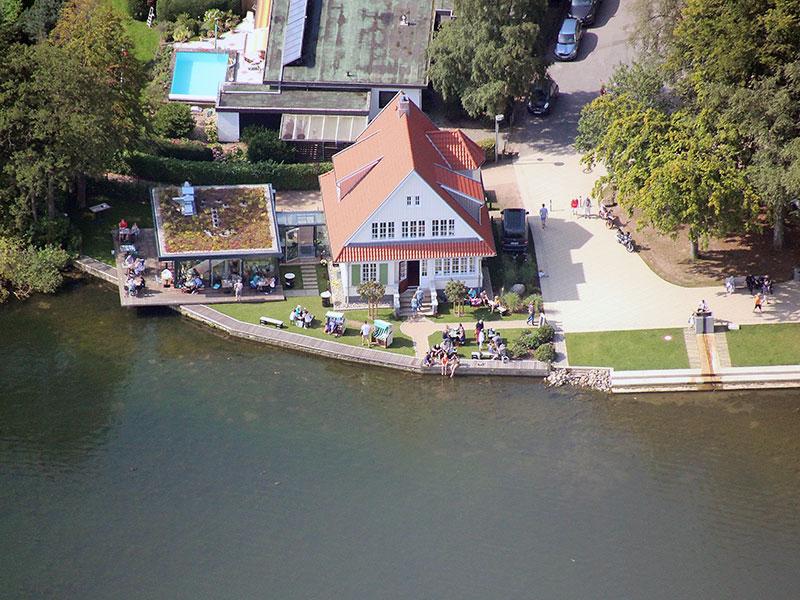 Luftaufnahme der Goldmarie am See