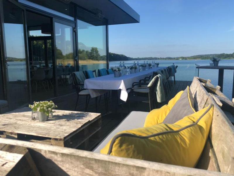 Sonnige Terrasse zum Verweilen, Goldmarie am See