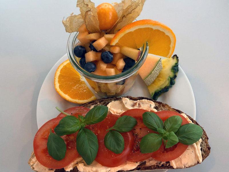 Sportliche Marie, Frühstück in der Goldmarie am See