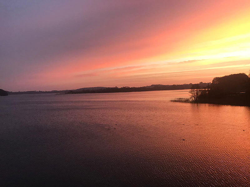 Sonnenuntergang in der Goldmarie am See